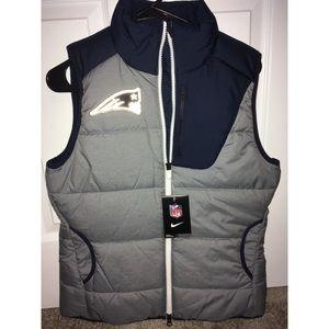 Nike NWT Women's New England Patriots Vest Size Sm